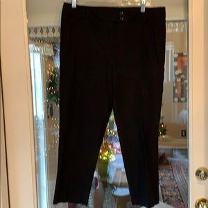 Land N' Sea Black Cropped Pants